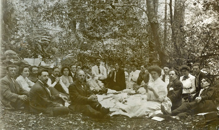 Picnic scene with Nathan Paddock and June Norwood